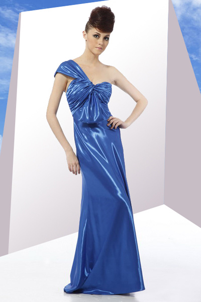 Evening Wear on Evening Dresses Ceremonial Clothing Evening Wear In Evening Dress