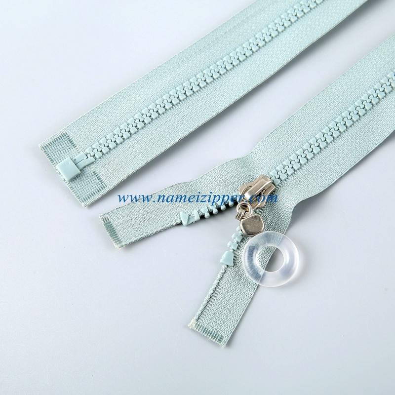 No. 5 Plastic Zipper Open End Auto Lock Slider
