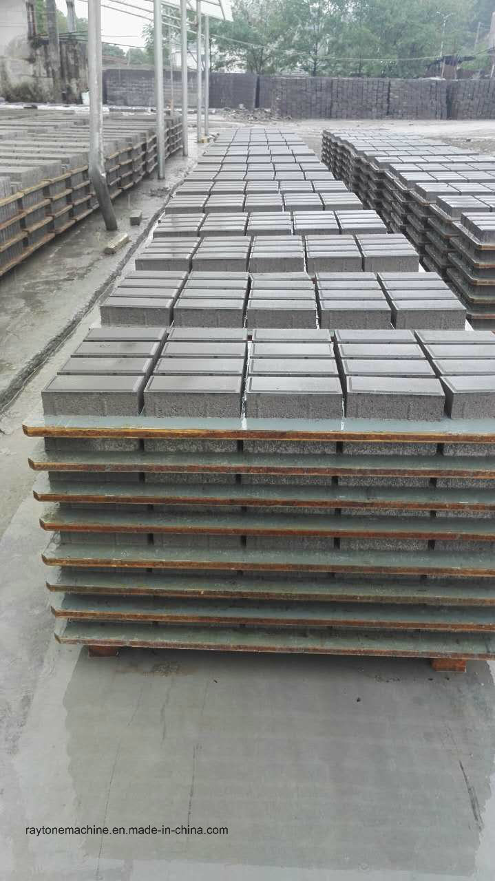 2017 Hot Selling PVC Bamboo Pallet for Block Making Machine