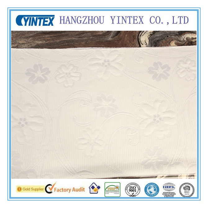 Yintex Soft Polyester Seersucker Yarn Dyed Fabric for Garment