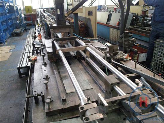 Warehouse Storage Heavy Goods Shelf Racking Roll Forming Machine