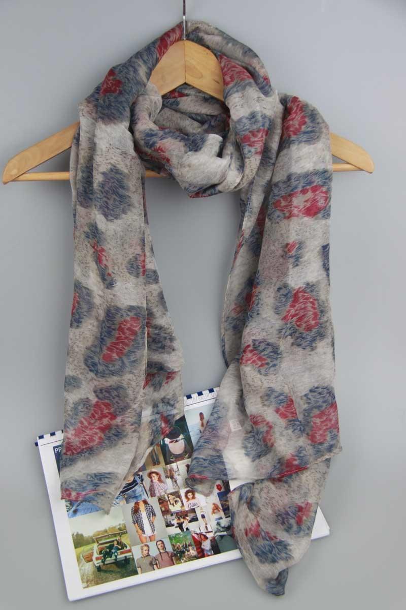 Women Fashion Printing Scarf 100% Polyester Shawl Fashion Accessory Supplier
