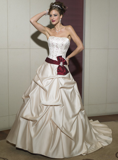 2010 Wedding Dresses And Wedding Gowns With Color COLORWD010
