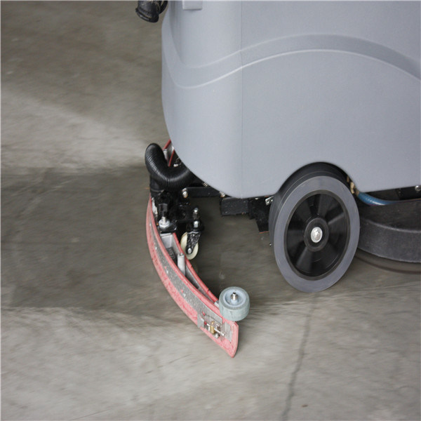 Battery Powered Driving Type Small Cleaning Tool for Factory