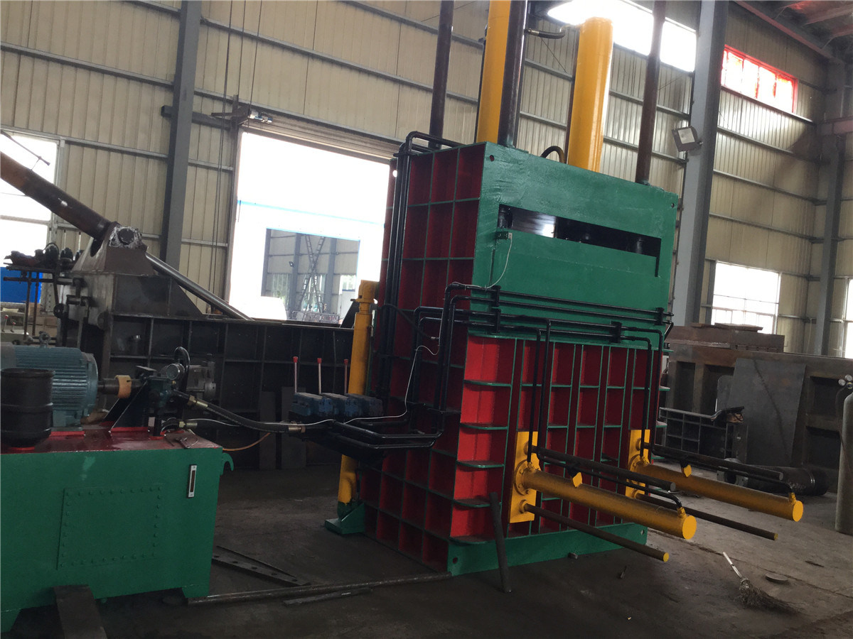 Y82-400 Hydraulic Vertical Packing Machine