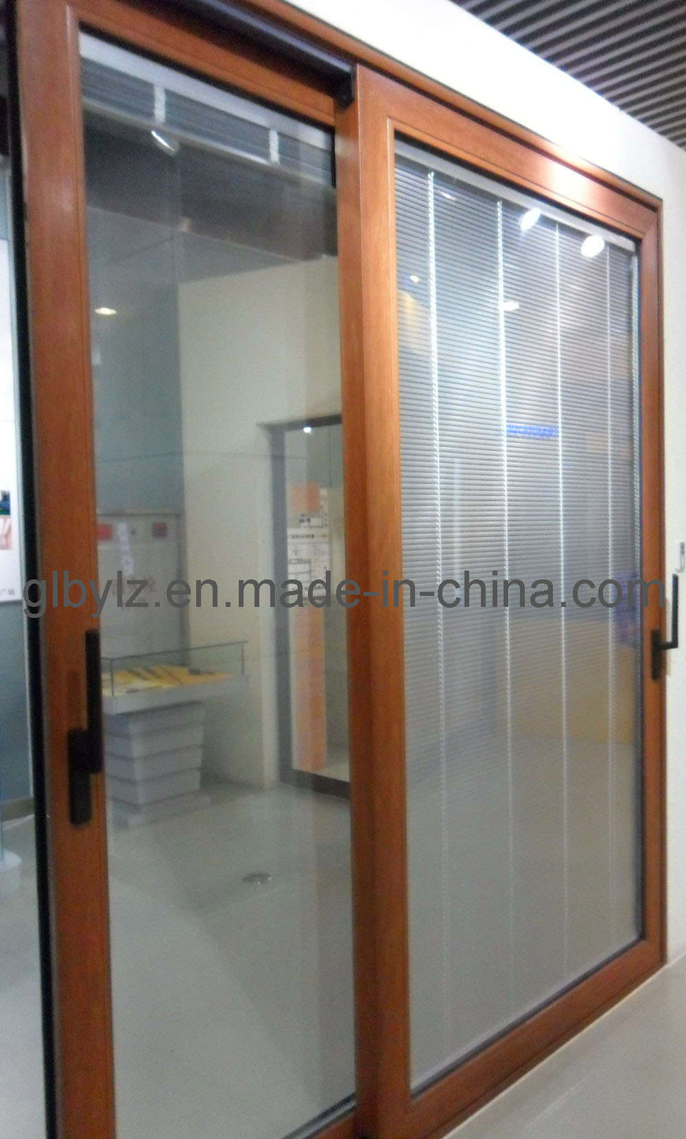 China aluminum wood sliding door lm150 china aluminum for Wooden sliding doors