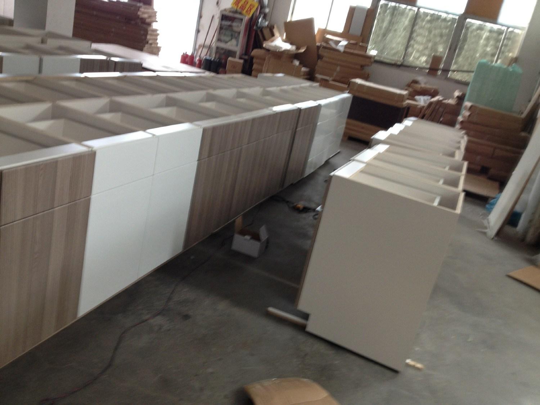 Guanjia MDF Melamine Faced Kitchen Cabinet Kc028