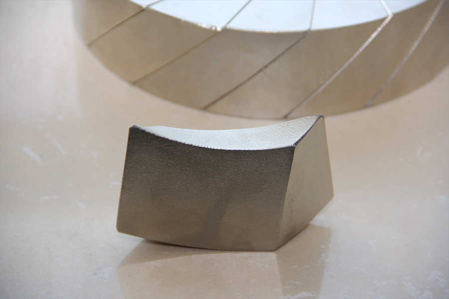 Special Arc Permanent Magnet with Ni Coating