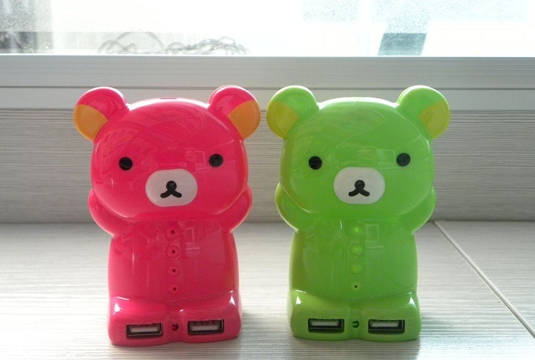 Cute Cartoon Bear Dual USB Mobile Power Bank Charger (PB-YD21)