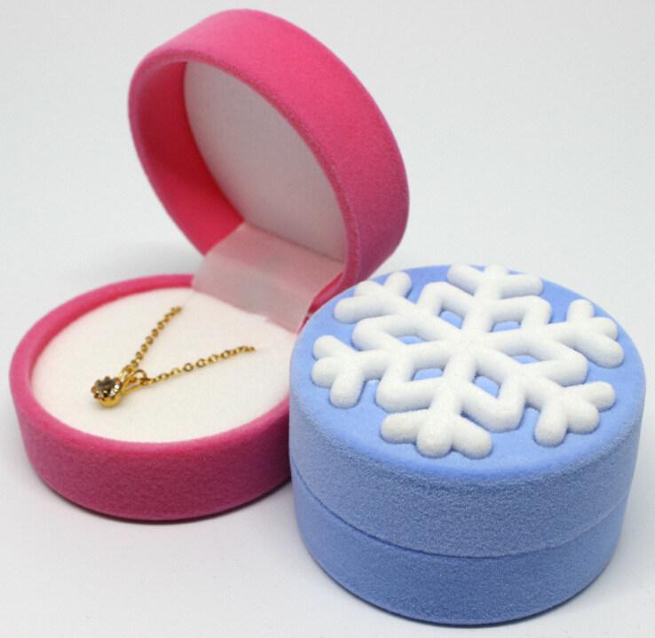Flocked Snowflake Plastic Ring Gift Boxes