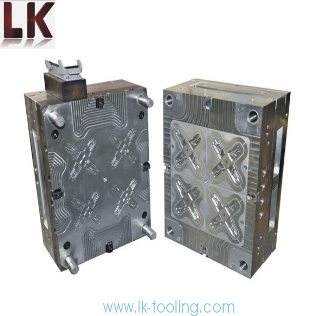 China Car Die Casting Mould Plastic Injection Maker