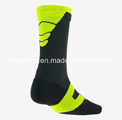 2016 Hot Selling Men′s Sports Cotton Socks