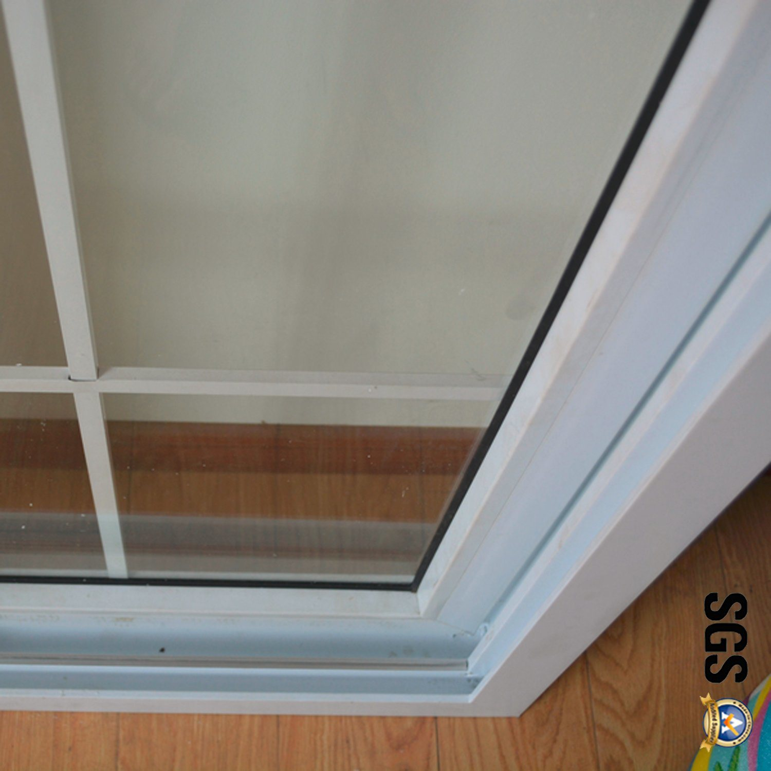 Double Glass with Grid White Colour UPVC Profile Sliding Window K02032