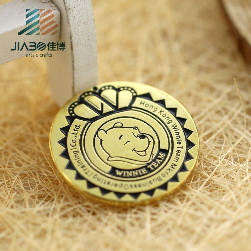 Antique Color Custom Metal Enamel Animal Lapel Pin Badge