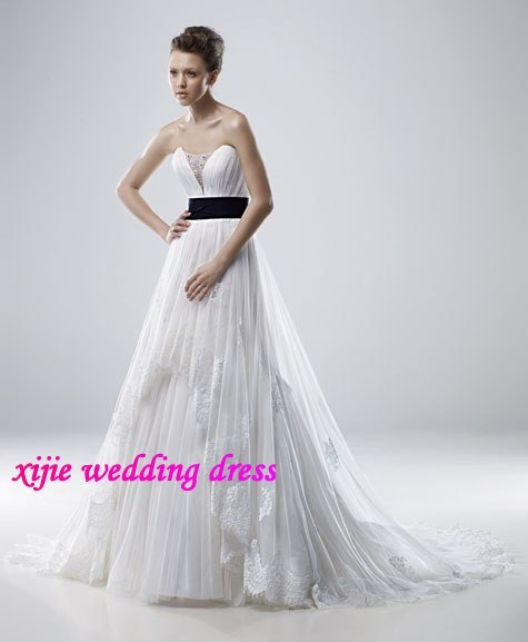 Elegant CustomMade Lace Sleeveless Wedding Dresses Sala016