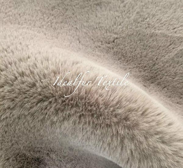 Soft Fake Rabbit Fur /Faux Fur / Imitation Fur