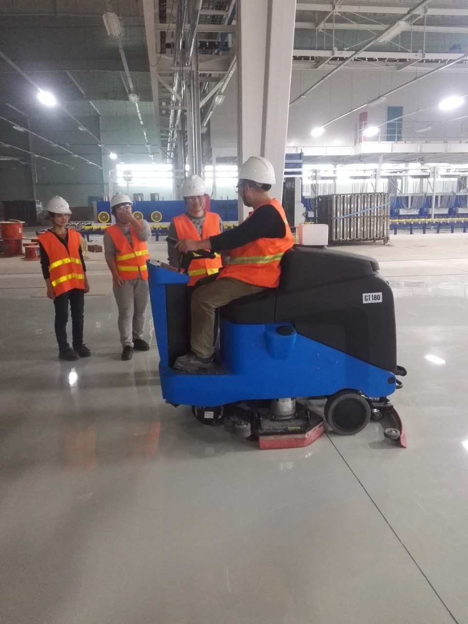 Gadlee Ce Industrial and Commercial Smart Ride-on Scrubber