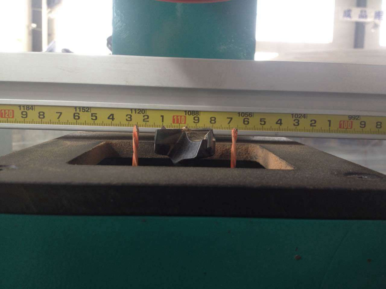 Woodworking Automatic Single Head Hinge Boring Machine F65-1j