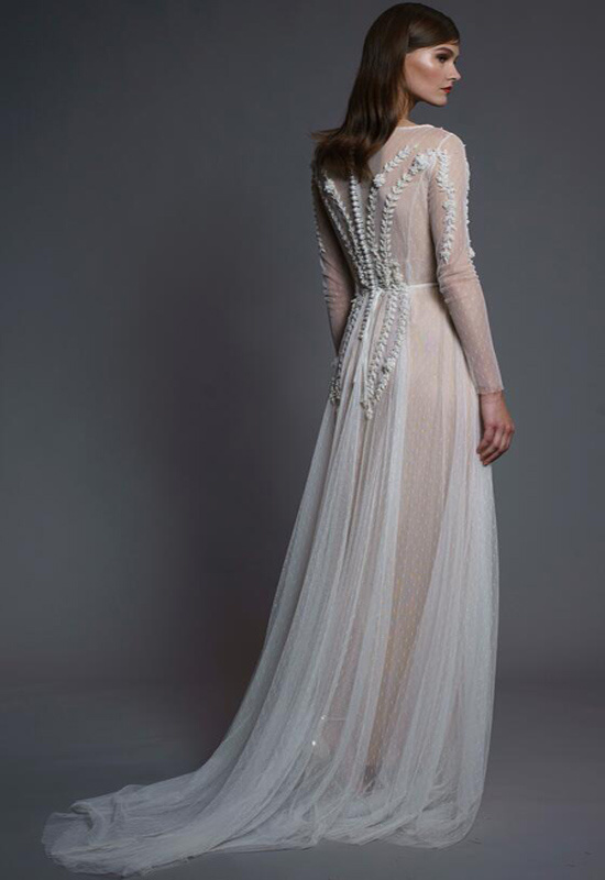 Latest Fashion Design Natural Color Lace Long Sleeve Wedding Dress