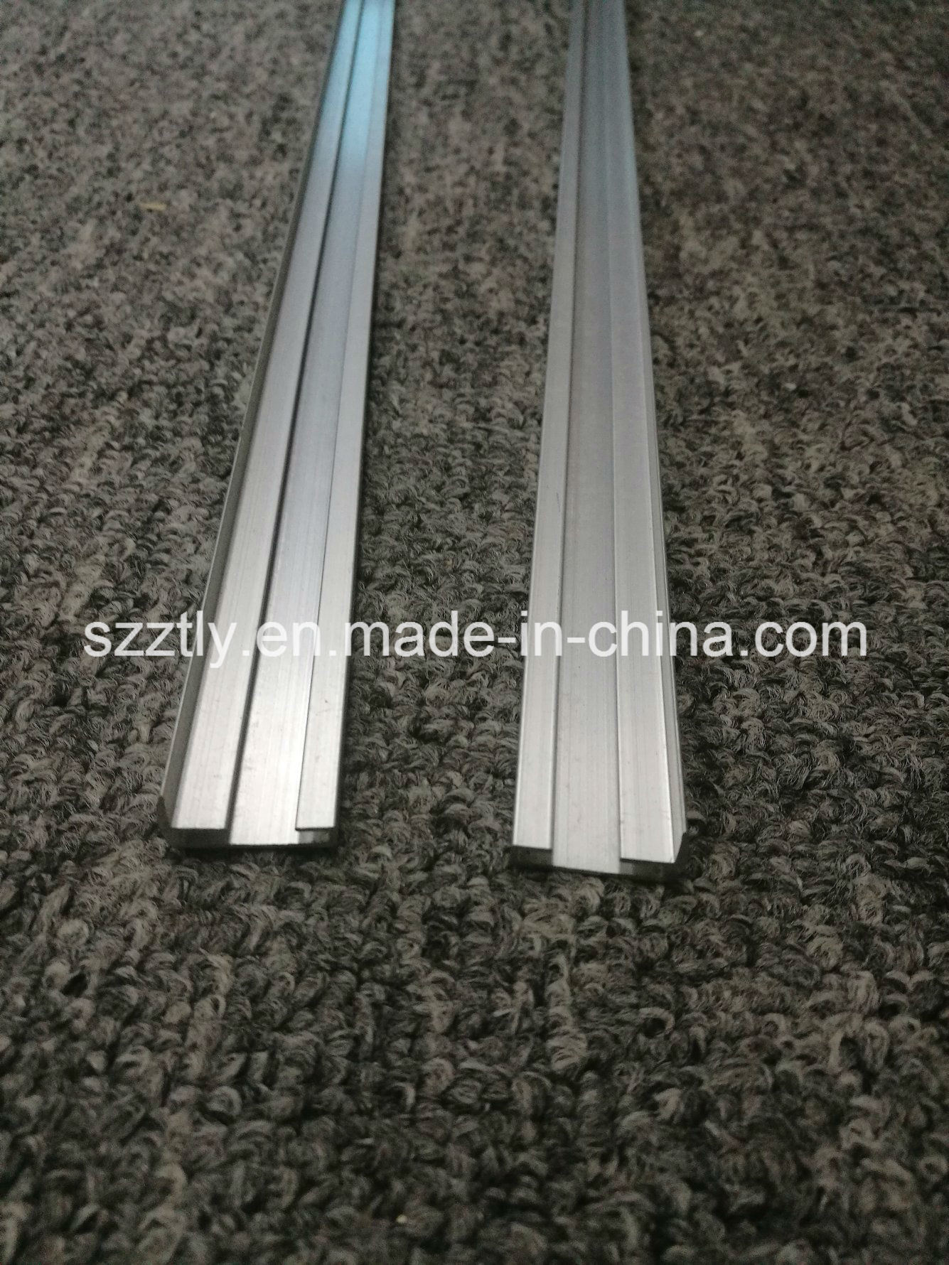 Aluminum Extrusion Profiles for Office Desk /Table Partion
