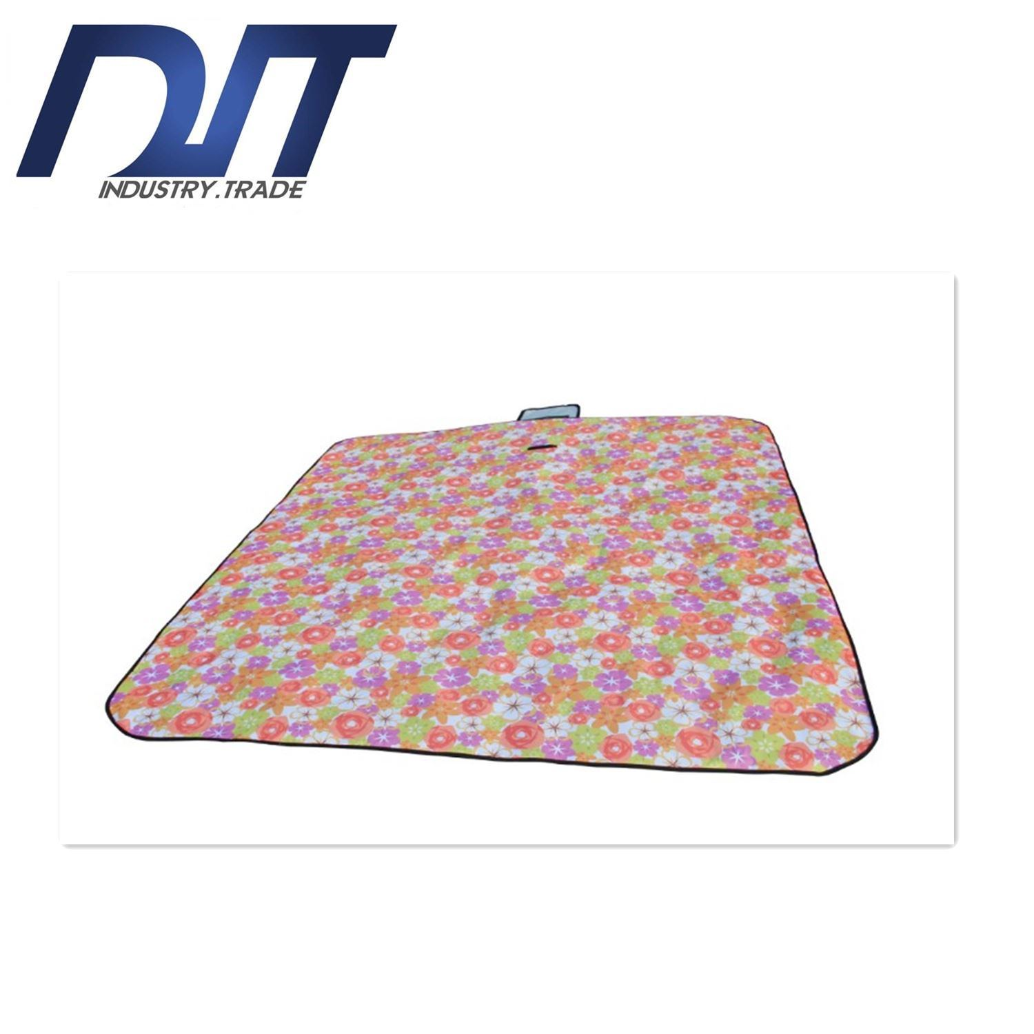 Factory Direct Outdoor Oxford Cloth Water-Proof Beach Mat