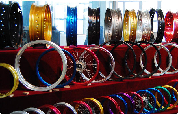 Advance Racing Sport Rim http://www.made-in-china.com/showroom/etworldwide/product-detailAqFmkyzDApWj/China-Aluminium-Alloy-Motorcycle-Wheel-Rim-ET-Rim-.html