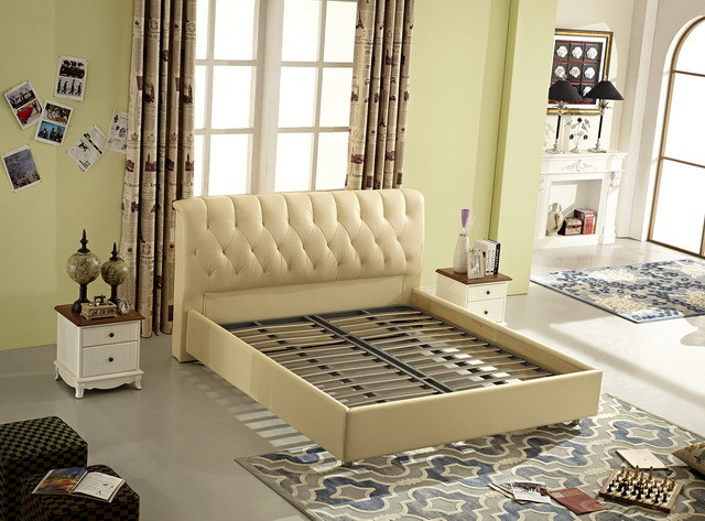 China Factory Manufacture King Size Nice Soft Leather Upholstery Bed