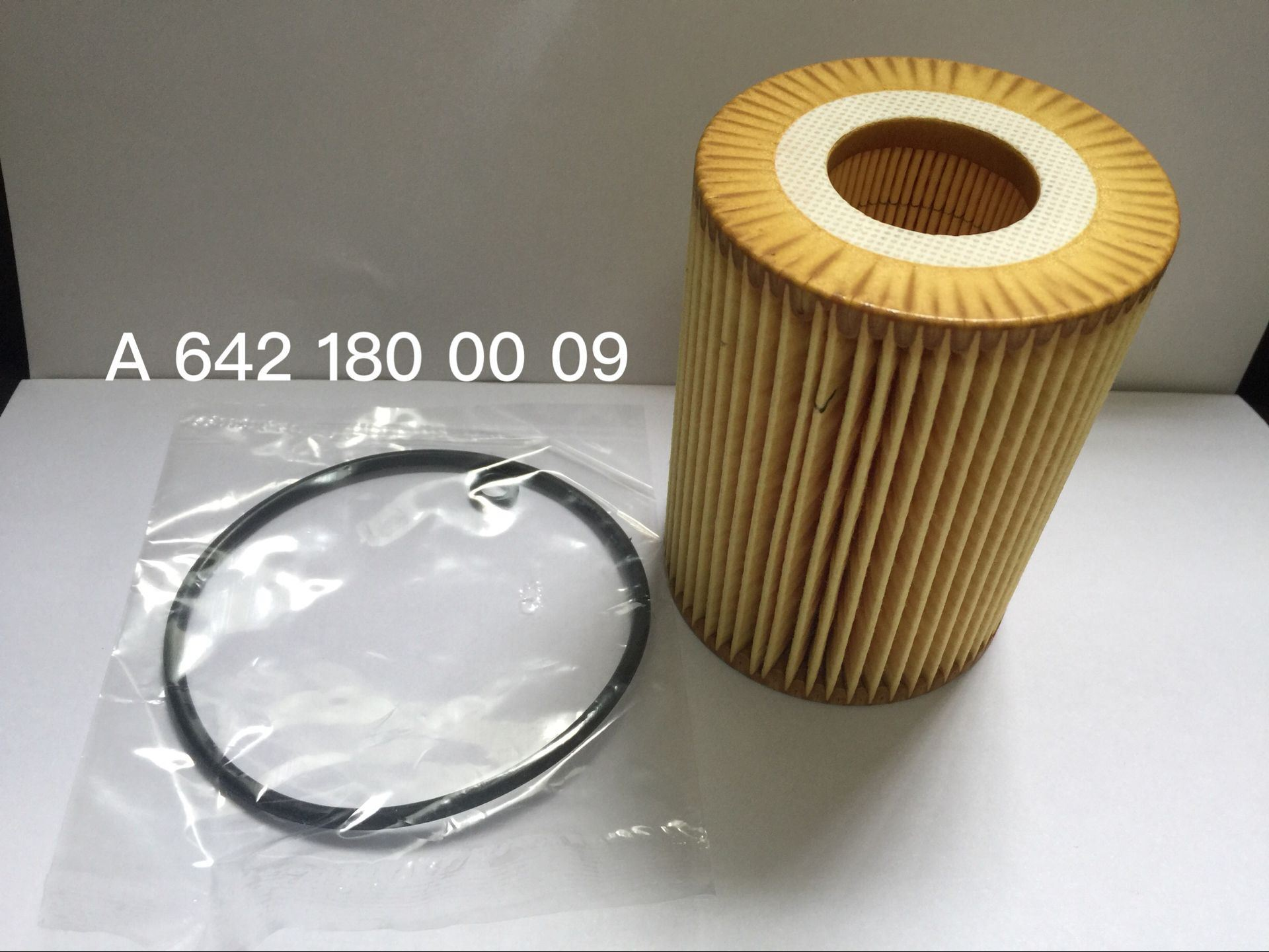 Oil Filter for Mercedes-Benz 642 180 00 09