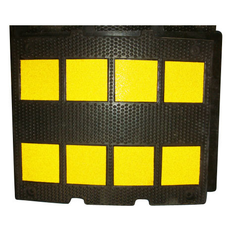 Rubber Speed Hump (CC-B08)