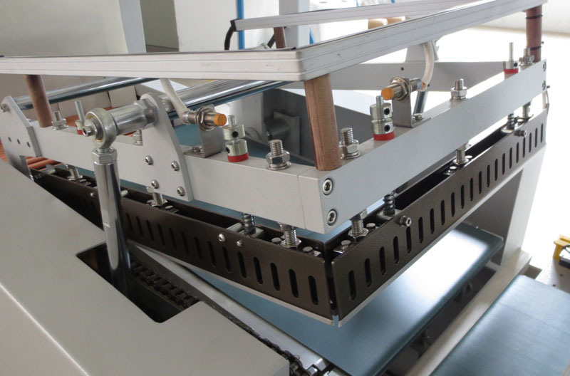 Automatic Thermal Contraction Packing Machine
