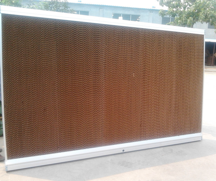 Evaporative Cooling Pad for Green and Poultry House Equipment