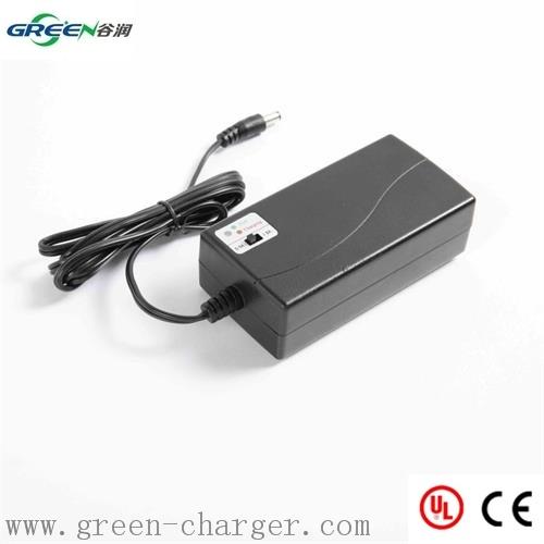 Smart Battery Charger for 7.2V~12V NiMH Battery