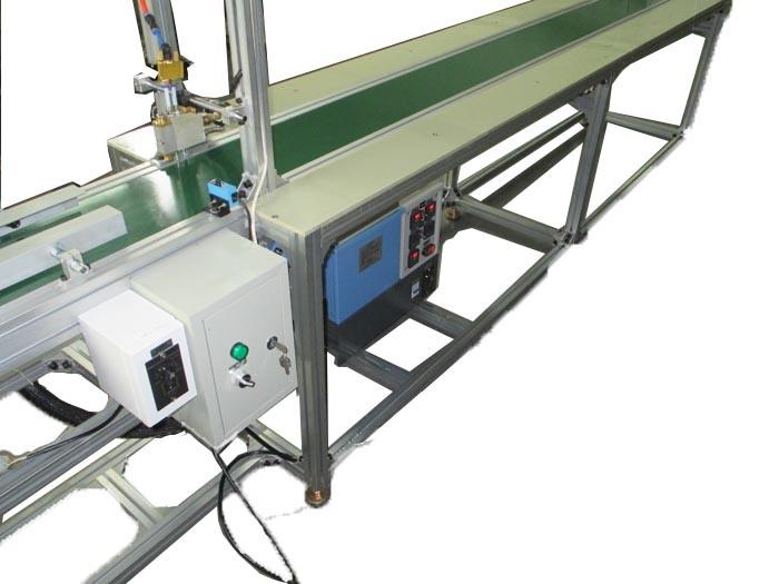 Automation Hot Melt Gluing Machine Glue Spray Machine (LBD-RPN001)