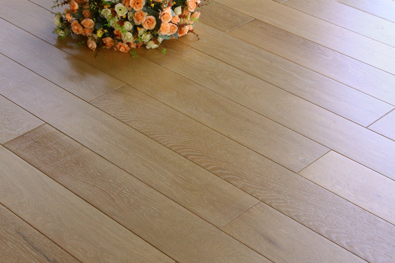 High Quality European Three Layer Wood Flooring Lyst-016