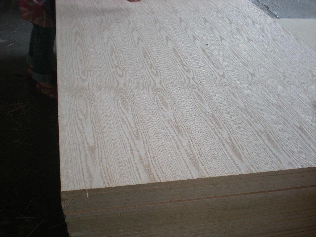 MDF One Size Faced Natural Oak Weneer