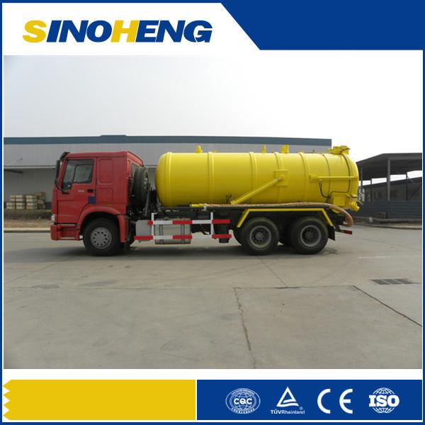 Sinotruk HOWO 4X2 6X4 Sewage Suction Truck with 18m3 Tank Volume