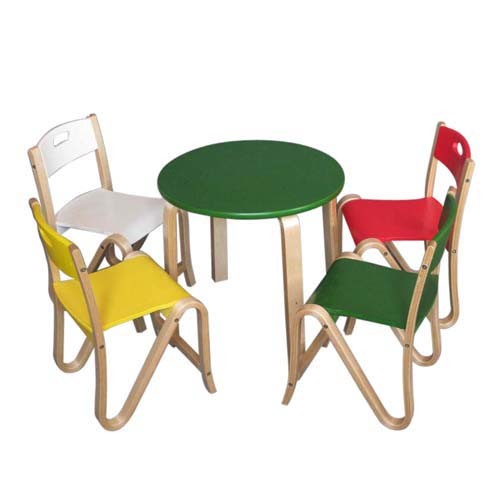China Colorful Garden Furniture Set For Kids Wooden Toy Table And