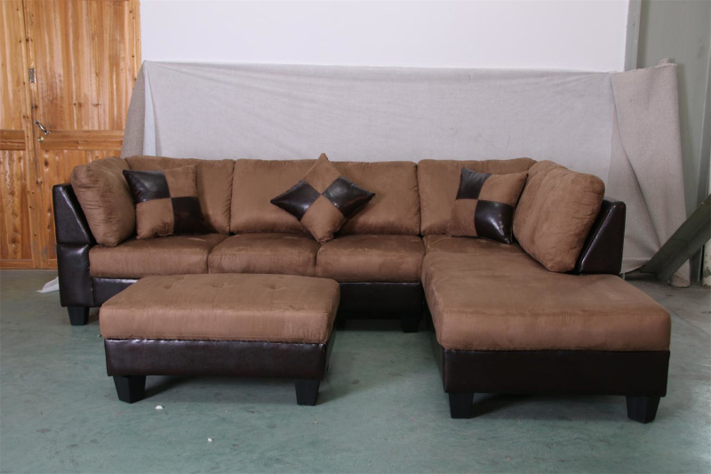 C7002 Sectional Sofa