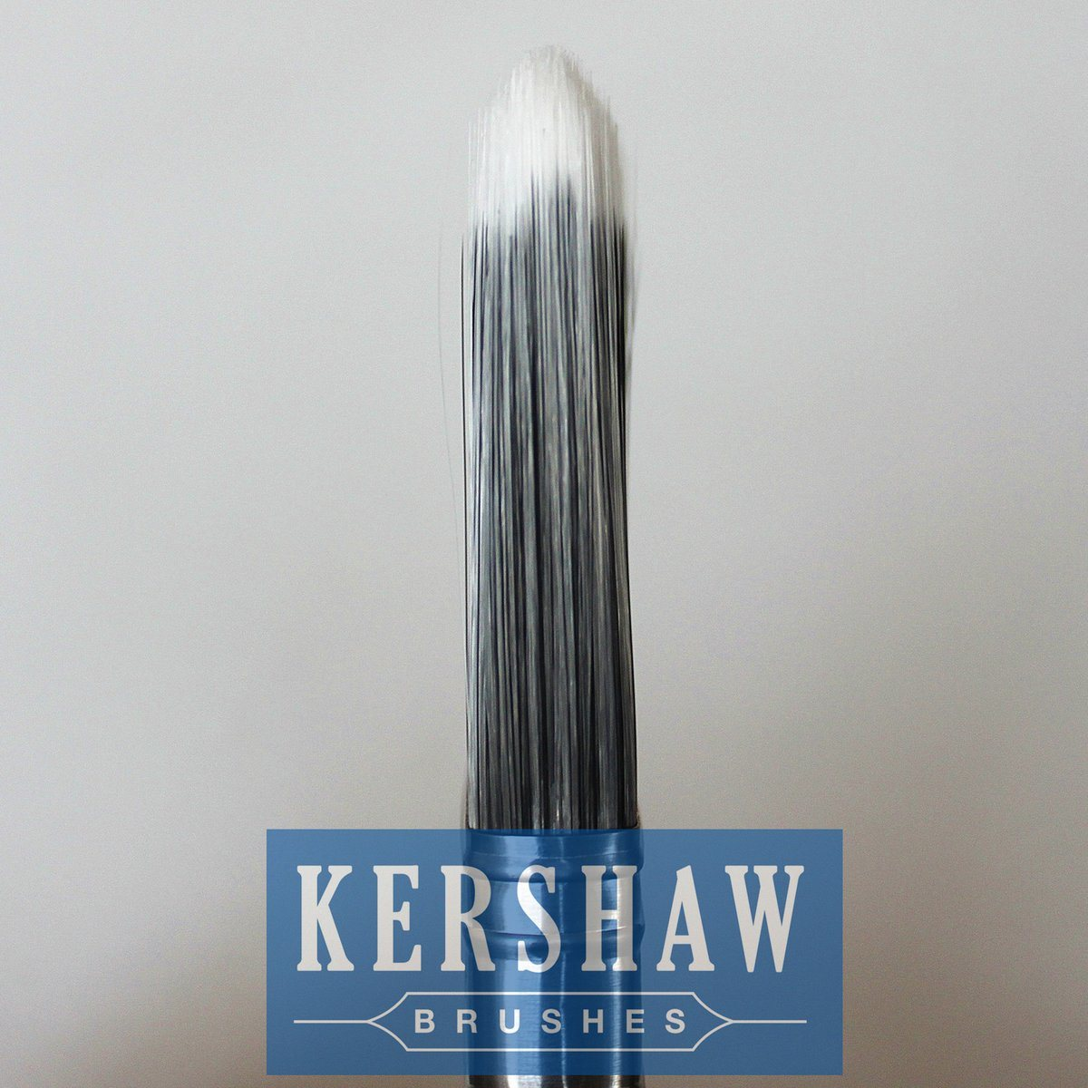 Paint Brush (Flat Brush with Synthetic filament, beech wood)