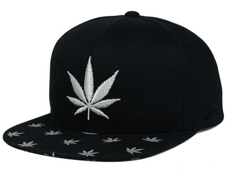 6 Panels Black Cotton Snapback Hat and Cap with White 2D Leaves Embroidery Brim