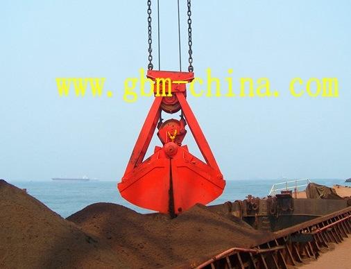 Grab in Marine Crane