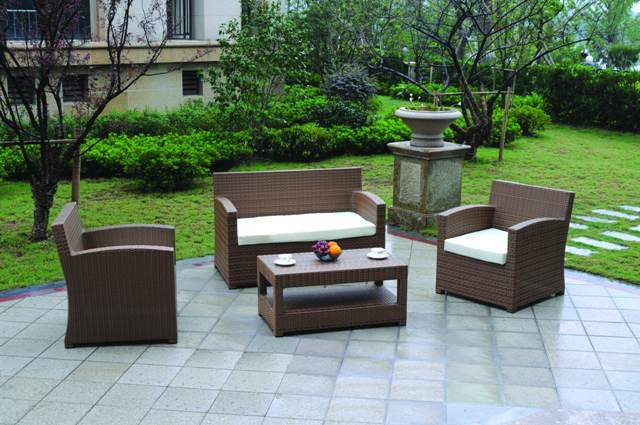 China Rattan Wicker Outdoor Furniture