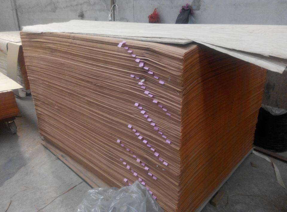 Engineered Wood Veneer White Recon/Recon Gurgan Veneer