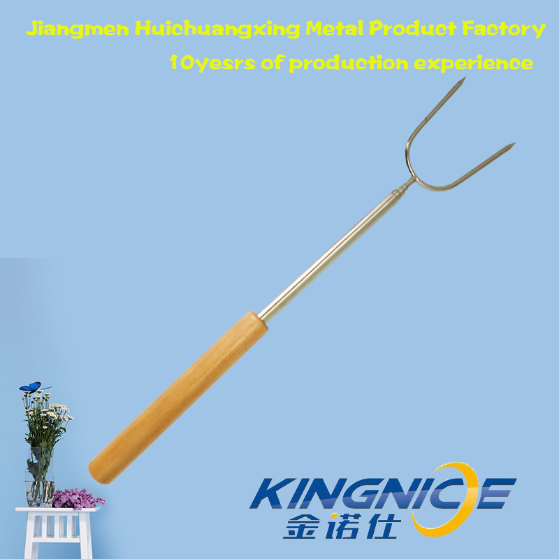 Customized fashion Hot Selling Telescopic Outdoors BBQ Fork with Wood Handle