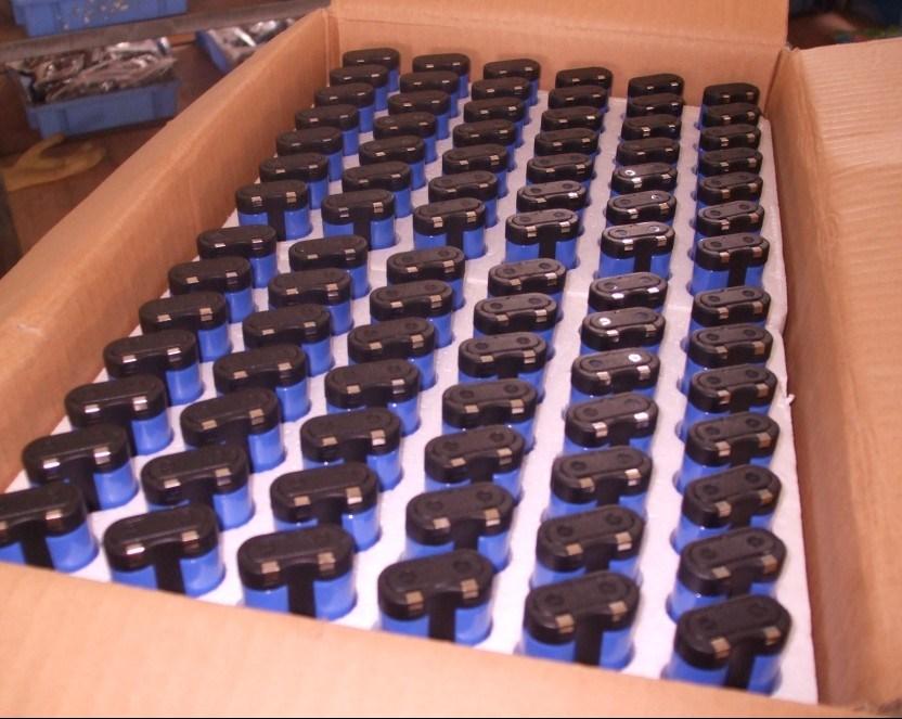 Photo Lithium Batteries 2CR5 CR123A CR9V CR-P2