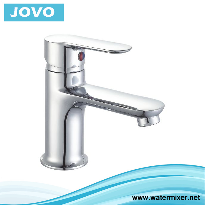 China New Styple Single Lever Basin Faucet Jv70401