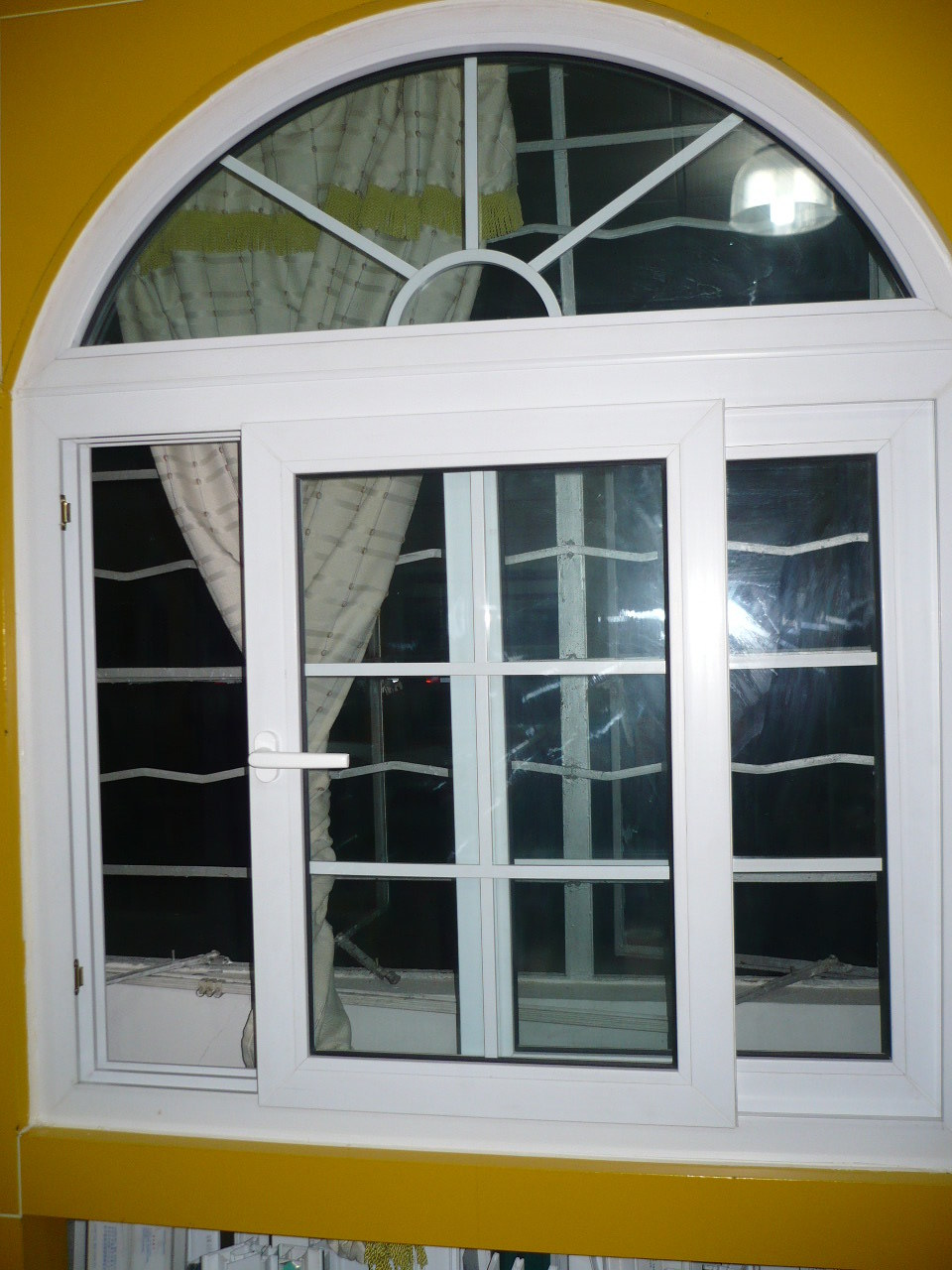 Sliding window with arched top photos pictures for Arch top windows