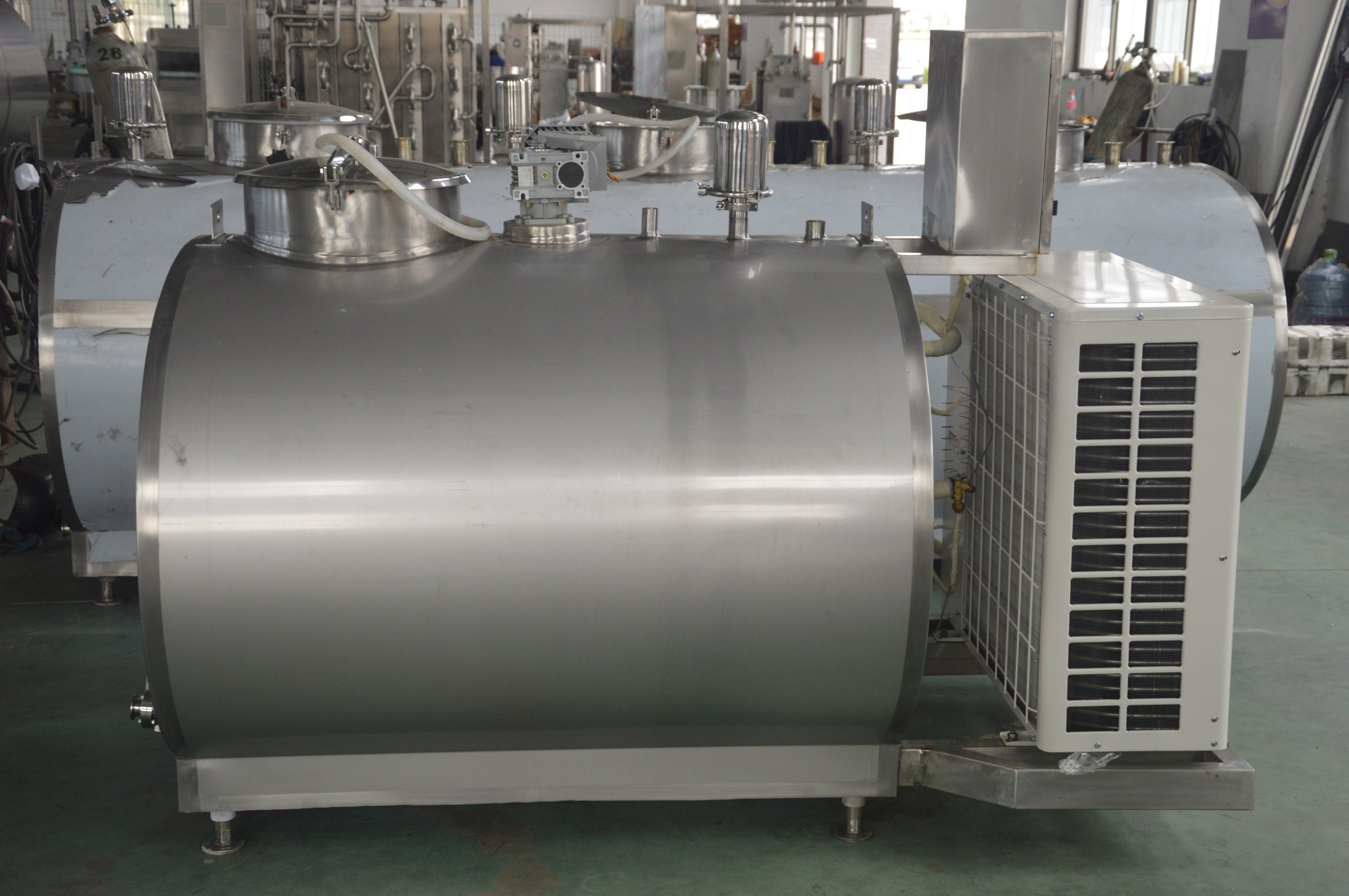 Stainless Steel 3000L Fresh Milk Truck Tank