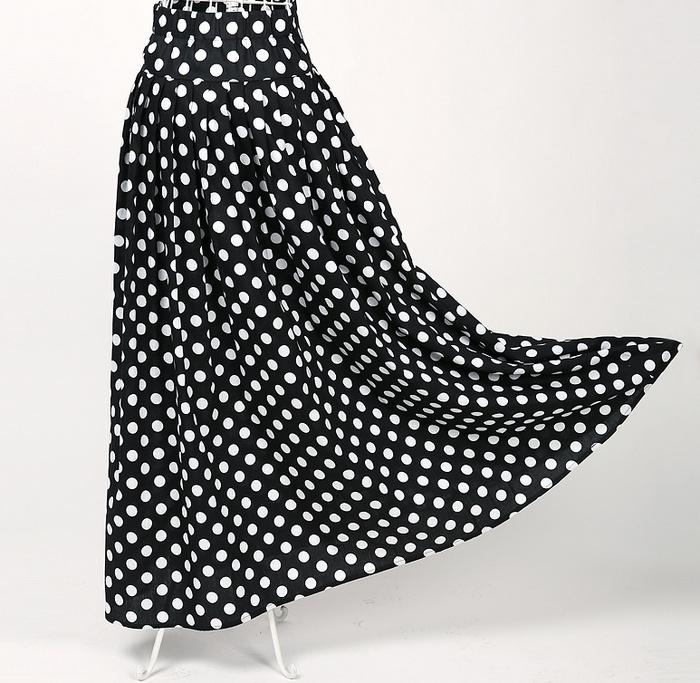 2017 Newest Woman Design Apparel Black and White Dots Print Long Beach Skirt