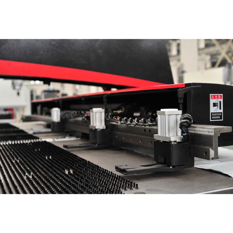 Mt CNC Turret Punching Machine